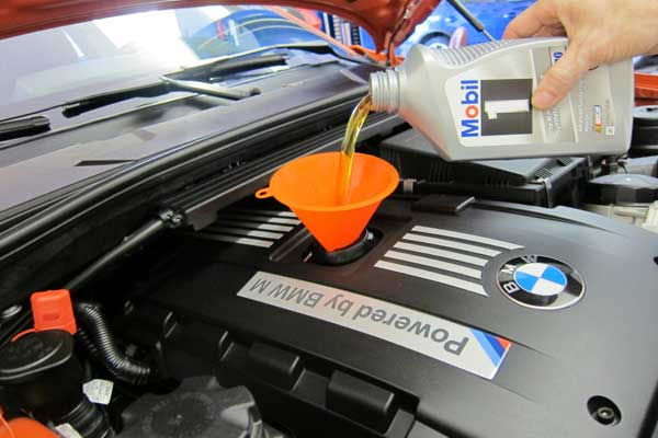 آموزش تعویض روغنی و آپاراتی خودرو